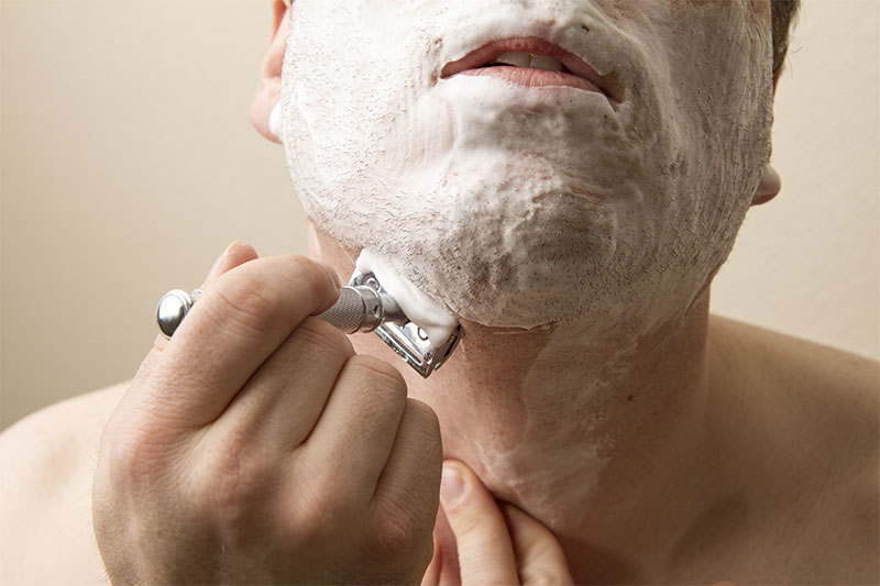 How Shaving With Oil Will Help Prevent Razor Burn Tools